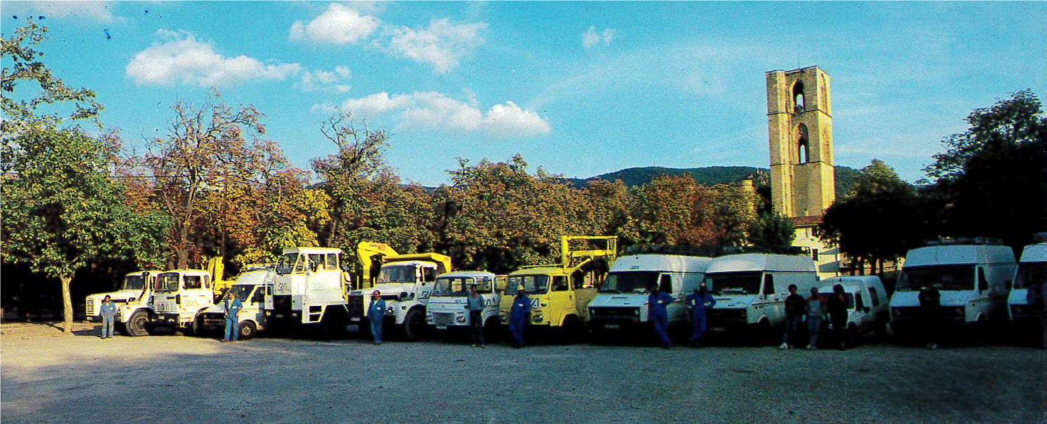 alignement de camions de la société
